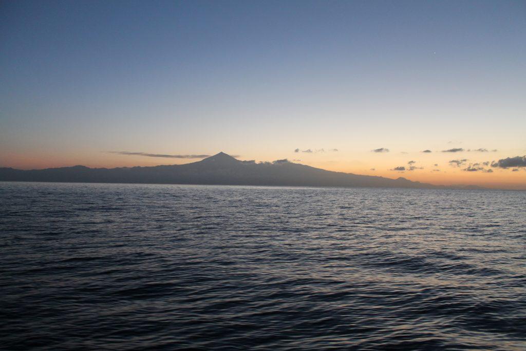 Teide i morgensolen på vej til La Palma