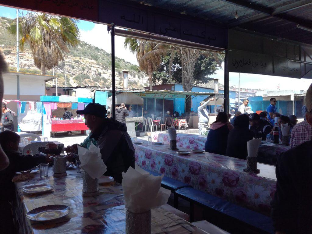 Det lokale spisested bag Marina Agadir