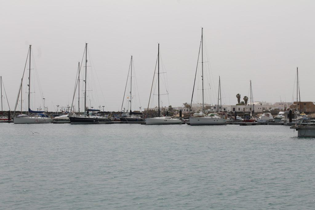 Caleta del Sebo Marina