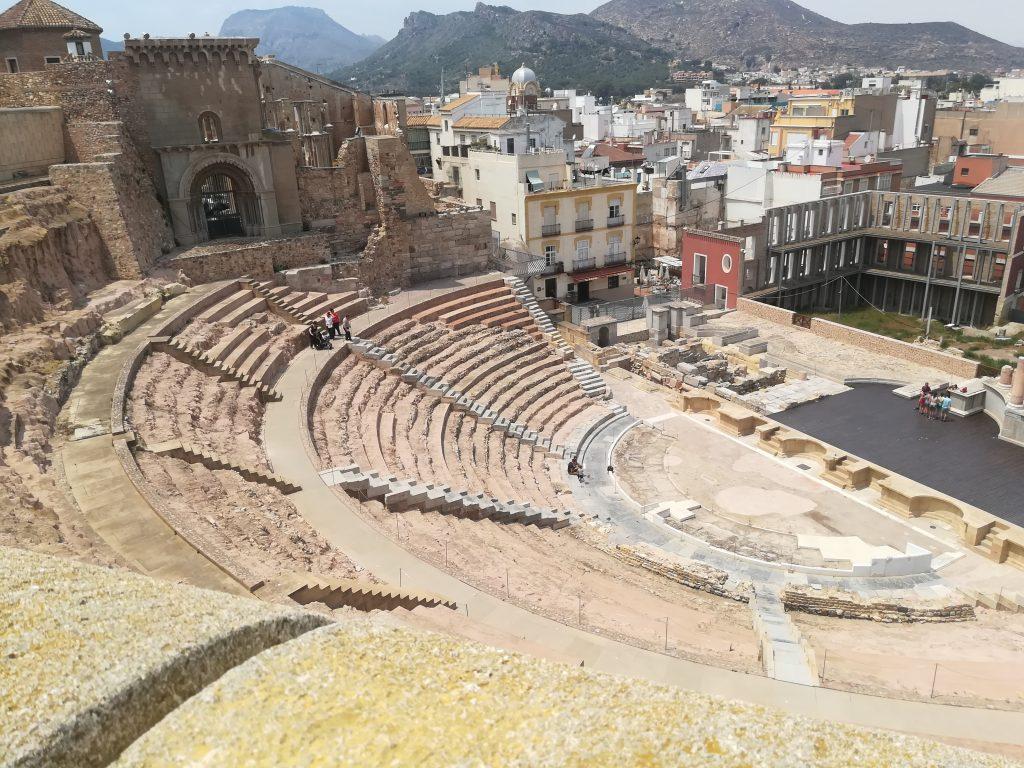 Amfi teater