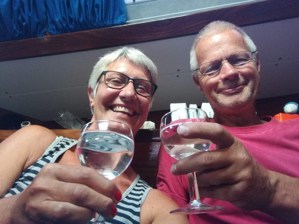 Første glas watermaker vand i Las Palmas