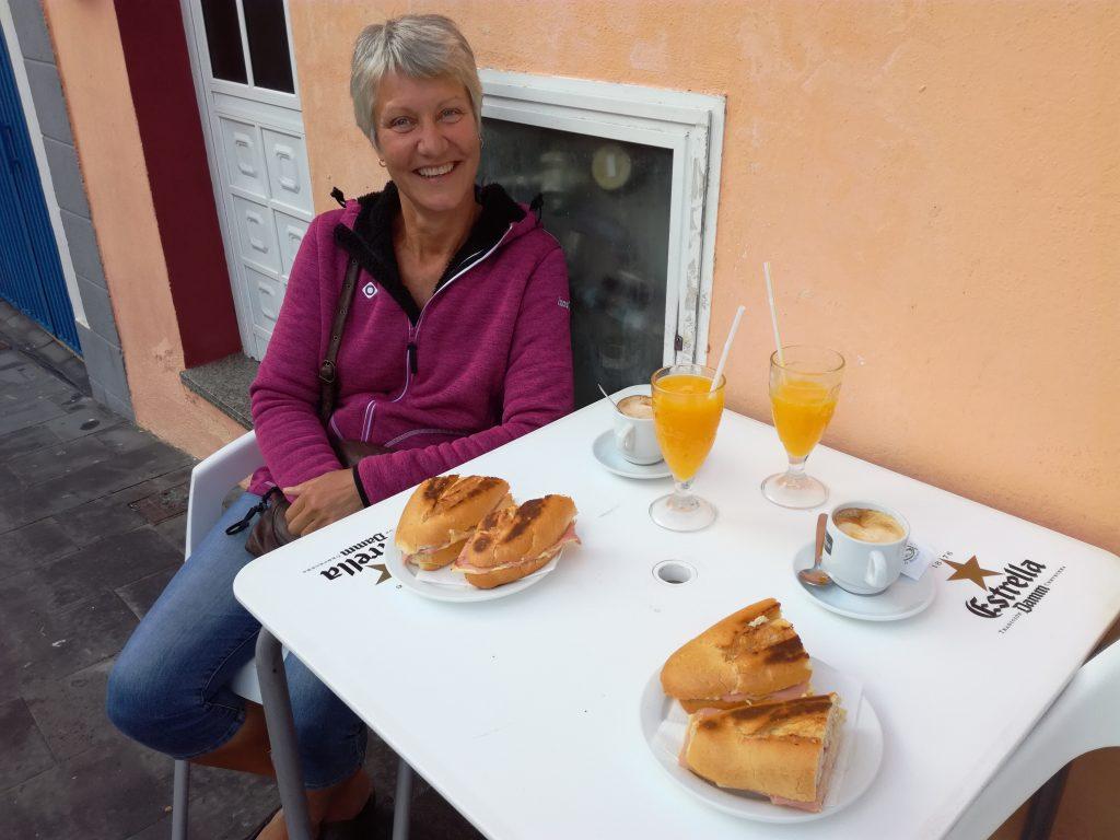 Morgenmad på gaden